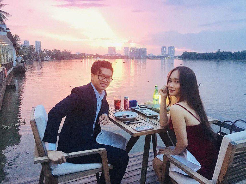 Hẹn Hò Sang Chảnh Hiện Đại Tại The Deck Sai Gon